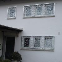 Fenstergitter mit Schmiedefüllung