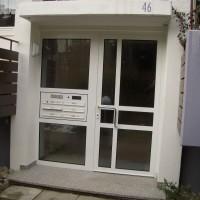 Aluminiumhaustür mit Briefkastenanlage